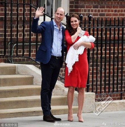 【讨论】产后7小时就穿短裙高跟鞋亮相的凯特王妃,到底是完美还是心酸?