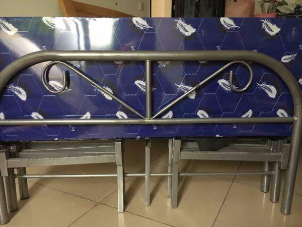 【闲置】石牌岭竹苑小区1.2米折叠床 80元急出,可送床垫!