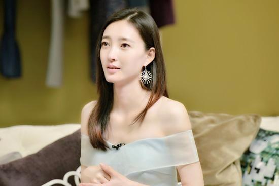 【伤心】预见到姐姐的婚姻不会幸福,我要坚持劝她和男友分手吗?