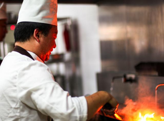 """【新鲜】""""共享""""概念火遍大江南北,想知道武汉有没有共享厨师?"""