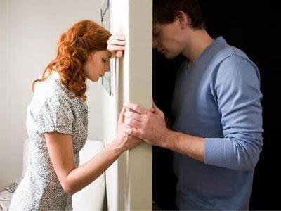 【前任】我和他已经分手两年了,时常想着要不要去挽回,应该吗?