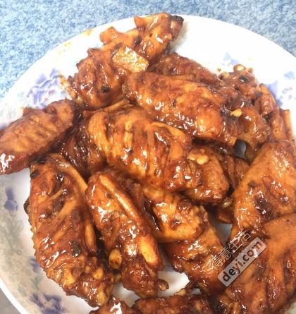 超级好吃的可乐鸡翅!简单易做而且味道一般都还不错!