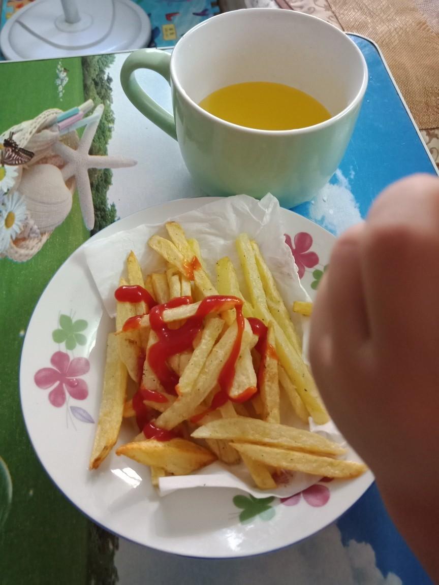 分享做薯条的好方法,绝对比外面好吃而且干净卫生!