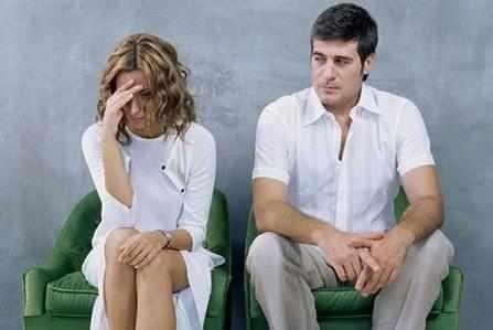 老婆对我冒得感情了,她说跟我在一起就是混日子!