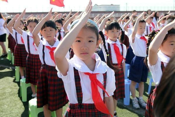 孩子明年要上小学了,完全没有概念,有没有人能指导下怎么报学校?
