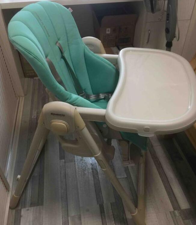 转让闲置九成新Babycare宝宝餐椅 !原价358现200出!