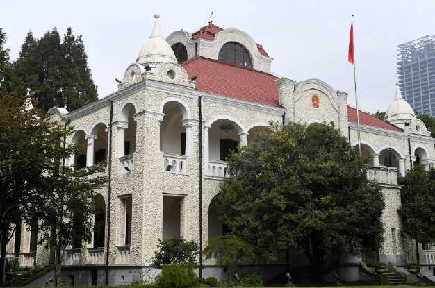 武汉又一处历史悠久的老建筑今天对外开放啦,快抽时间去看!