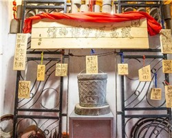 """武昌后长街竟藏着一间泥炉博物馆,百余件泥炉点亮""""家""""的温暖记忆!"""