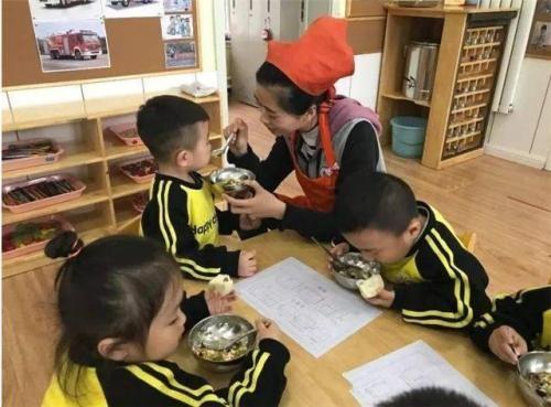 儿子在幼儿园吃冷饭怎么办?想问下其他幼儿园也这样吗?