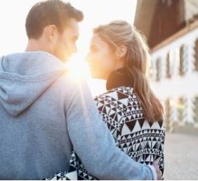 一直徘徊在离婚与和好的边缘,陷入这种婚姻我该何去何从?
