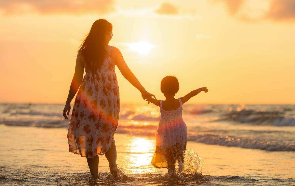 自己的孩子自己负责养,不只是掏钱那么简单!对于孩子总是觉的亏欠!