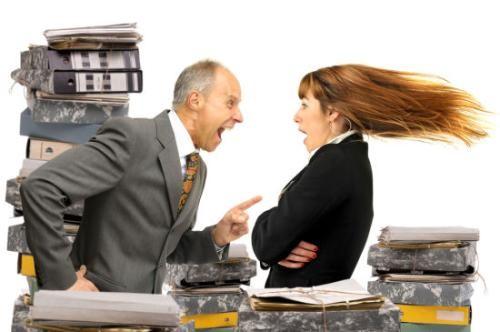 设计做的不好被老板骂了,嫌老板说话难听,工作中老板要顾忌员工情绪吗?