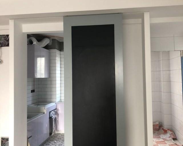 黑板谷仓门安装就位,成了家里的颜值担当!雾霾蓝色调太美啦!