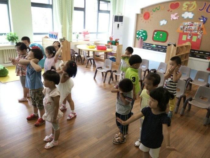 有住江腾附近的亲吗?邓甲爱丁顿幼儿园么样啊?给点意见吧!