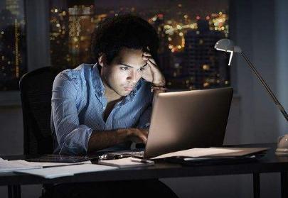 你愿意找一个工作时长为7117的伴侣吗?感觉计算机金融和科研人员尤为明显!