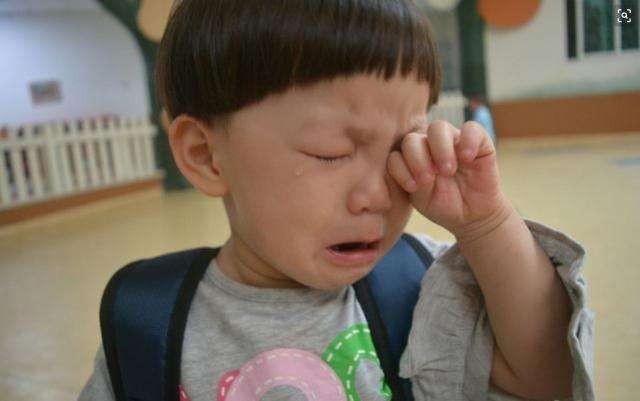 孩子上幼儿园快两年了,一次也不愿意去幼儿园吃早餐,磨人啊!