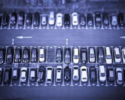 【每日一问】武汉小区惊现天价车位70万一个!你家小区的停车位多少钱了?