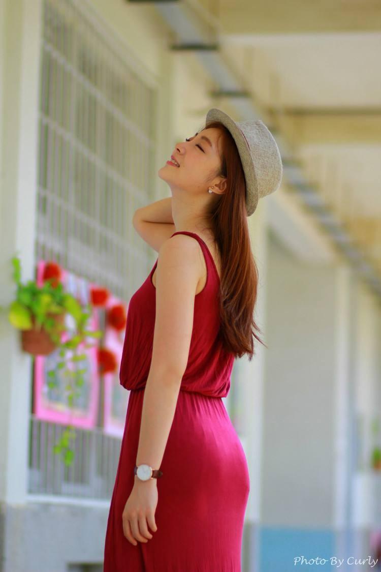 真人实拍红色长裙,不用减肥也可以美美哒!
