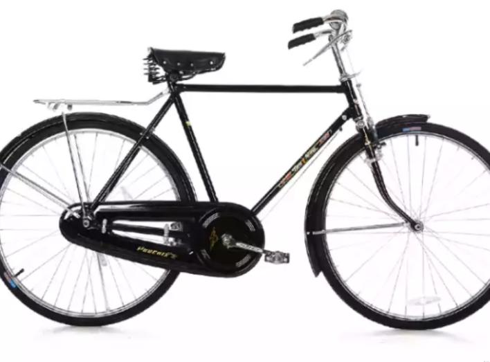 骑了五六年的自行车外胎有点老化的裂纹了,准备去换一下,结果碰到个好老板!