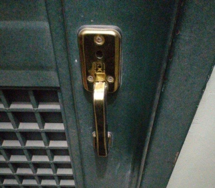 当代年轻人的爱情太脆弱,忘带钥匙都能分手!你发生过忘带钥匙的悲剧吗?