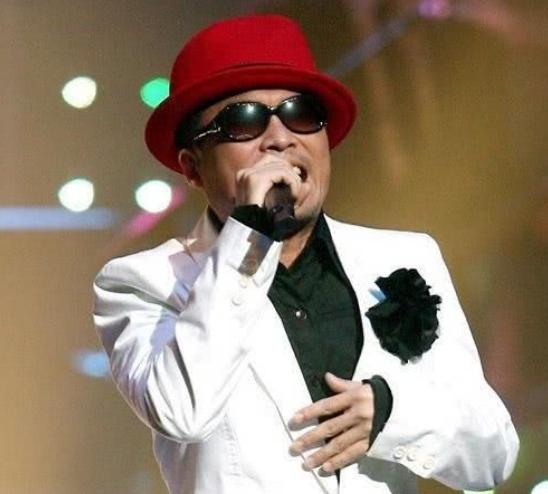 韩国国宝级歌手金建模被正式起诉性侵,被控强奸女性……他可刚结婚啊!