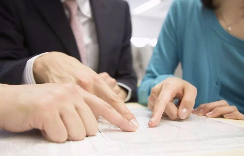 在公司工作快一年,不签劳动合同,不交社保!我该如何进行维权?