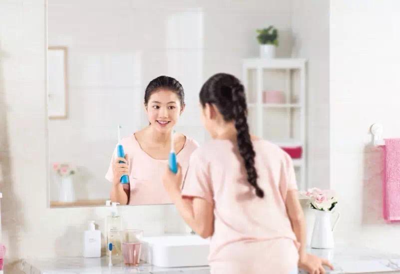 仅刷牙是不够的哦!做不好这件事,矫正牙齿的钱可能就白花了……