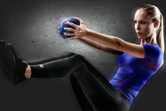 运动小白的自行总结,健身餐相辅相成,努力练好马甲线!