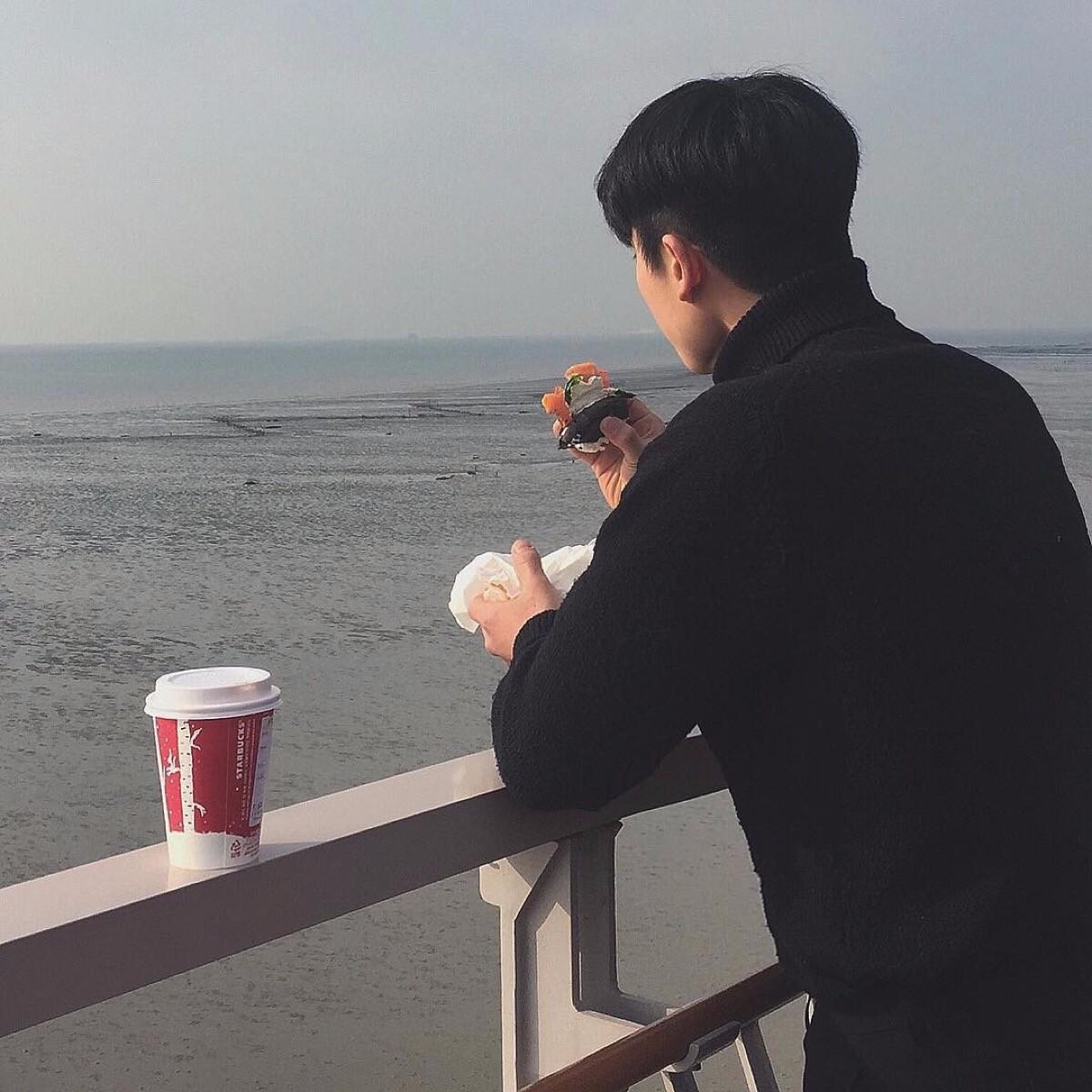 本人26岁男,月薪6k,在武汉有房有车,难道我的条件都没资格相亲吗?