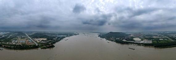 过早冒|长江中下游干流多站超警,洪峰将至!2000吨储备肉,供应充足!