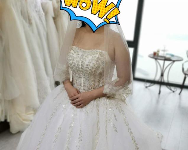 蓬蓬的裙摆真的好显瘦,体验感很办棒的一次试纱体验!