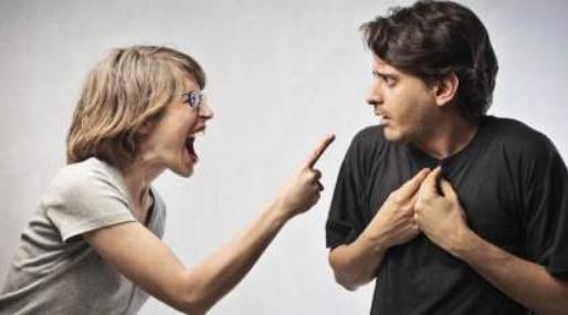经常为婆家的事情和老公打架,想结束这段婚姻又怕孩子受委屈