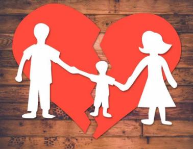 前夫婚内出轨后离婚,现在不给孩子生活费了,怎么办?