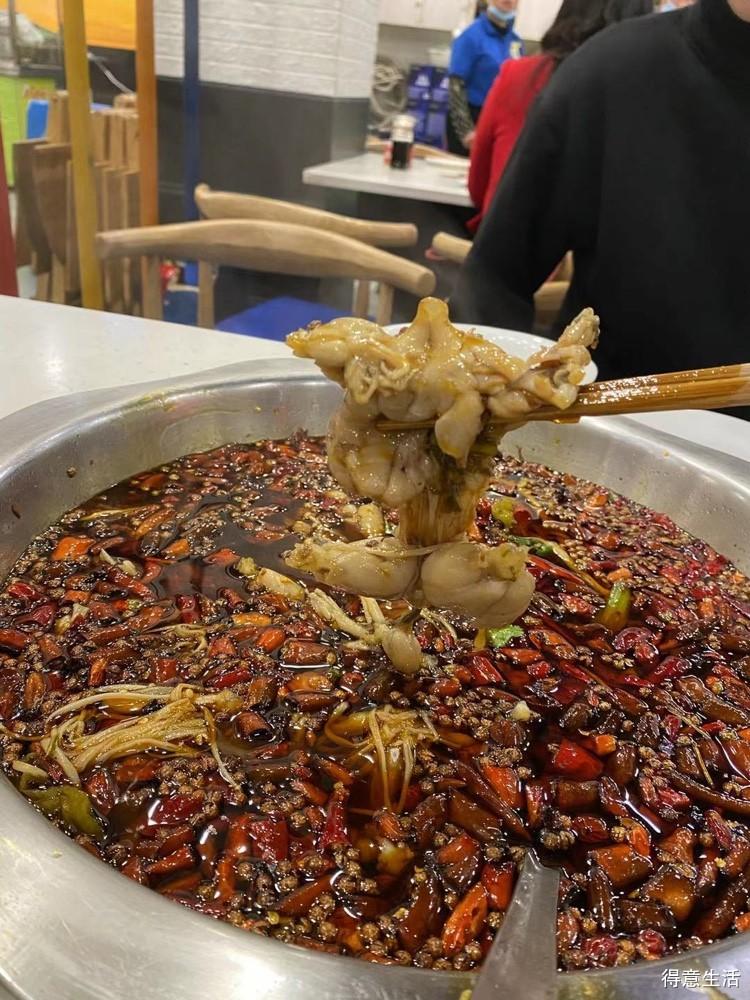 这家美蛙鱼头不仅折扣惊人,味道也值得竖大拇指啊!