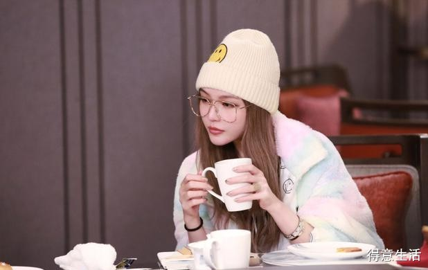 周扬青回应争议:不认为郑爽当时的评论是恶意的!