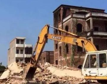 父亲的房子即将拆迁,才知道房子已被两哥哥偷偷过户!