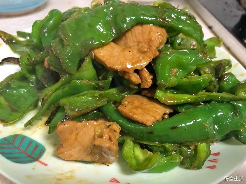 螺丝椒炒肉,香辣入味,做法简单,每次做都要多吃两碗饭!