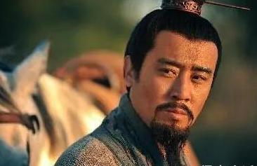 三国演义中,刘备这三大失误,好好的一手牌让他打烂了!