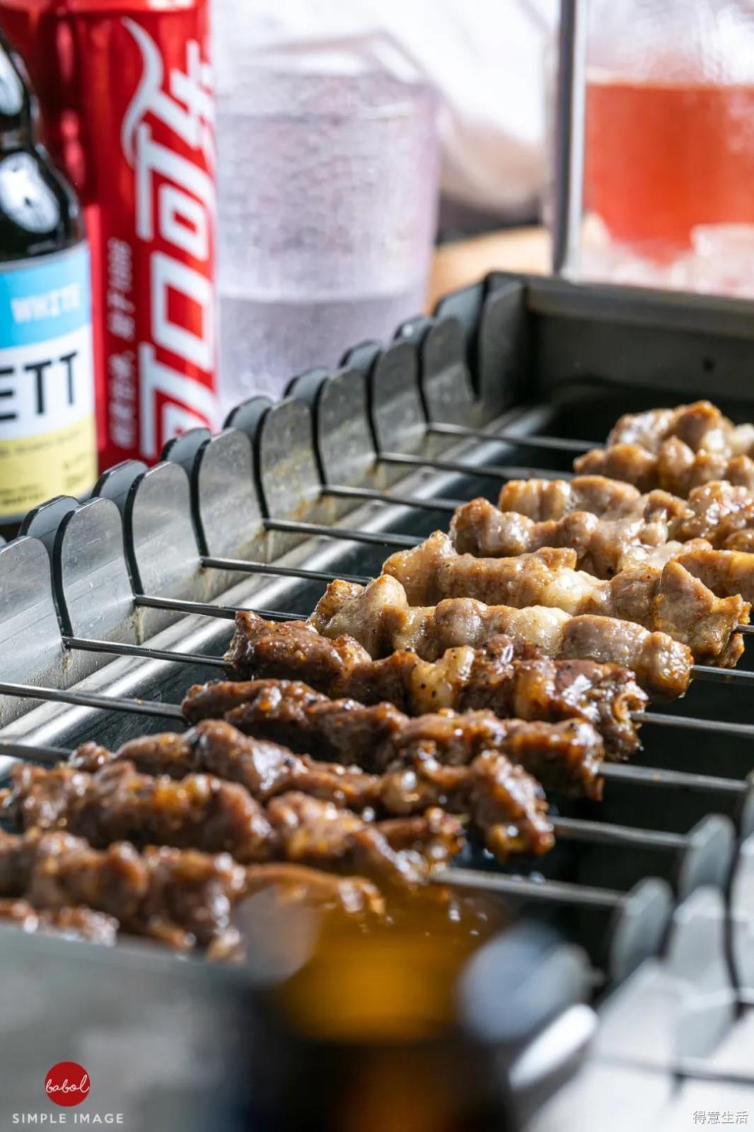 机器负责烤,你就负责吃,比男朋友还贴心的烤串你吃了没?