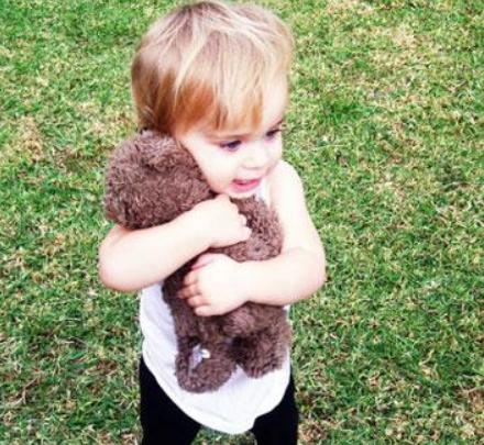 2岁男宝还不会说话,需要去医院看吗?好怕说是自闭症啊!