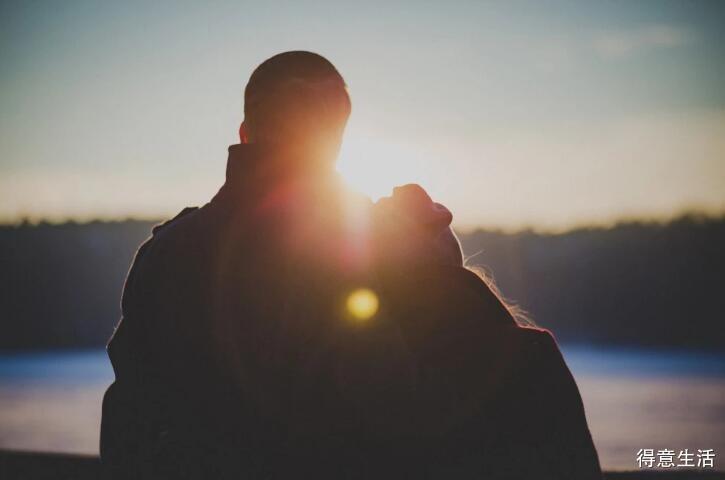 不爱你又不想离开你的男人,到底是什么心理?