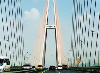 去国博江边转了一圈,白沙州大桥外侧30米已经开始准备修桥了!