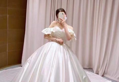 终于找到我理想中的婚纱,完美的新娘试妆体验,性价比之最!