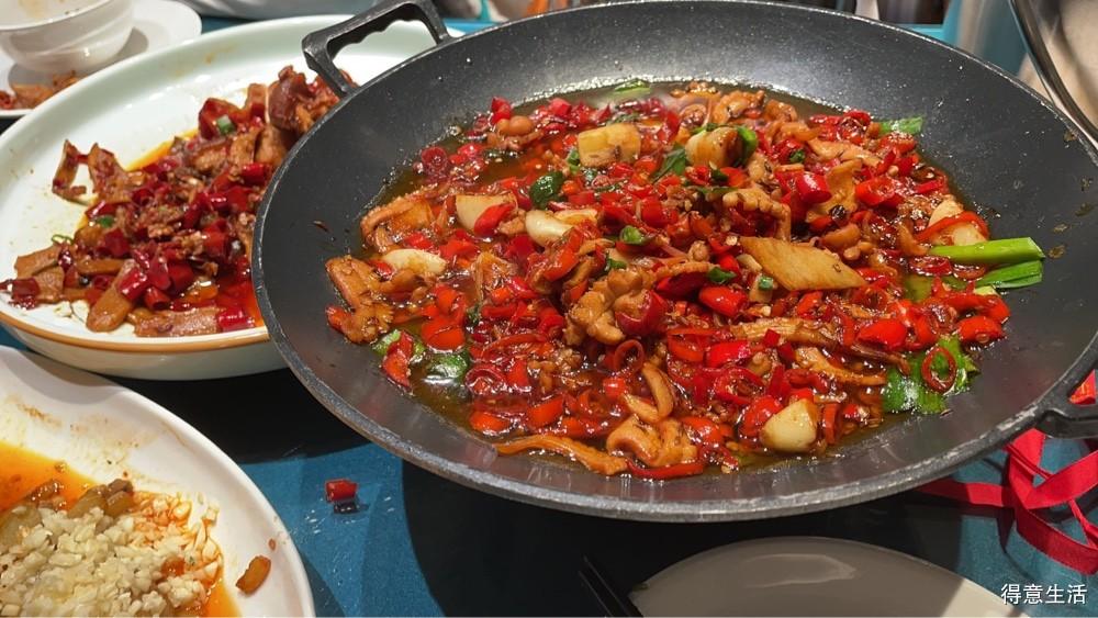 有机会尝遍各地美食,这次开个帖先从湘菜来介绍!