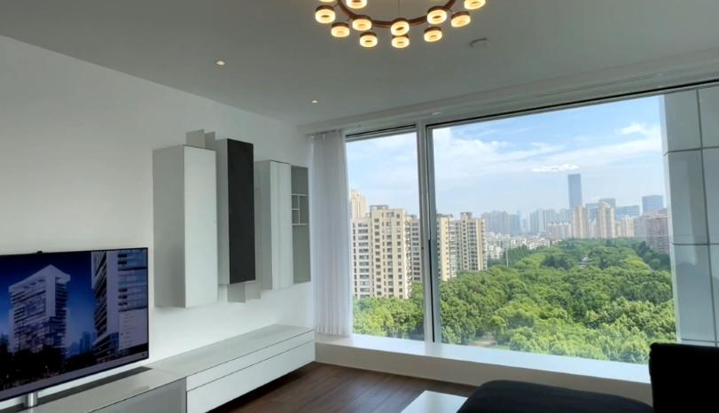一镜到底上海250平大平层,房价3500W的视野你觉得值吗?