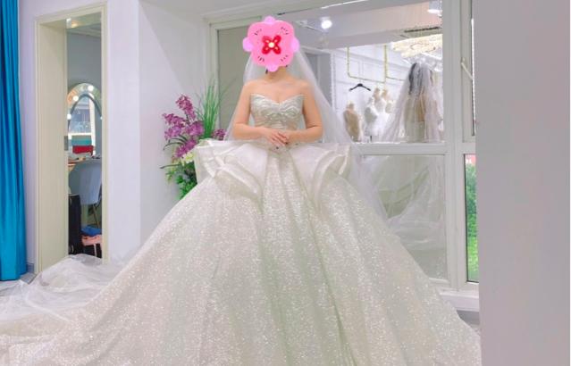 疫情中就订好的婚纱+跟妆,一年后终于完美完婚!