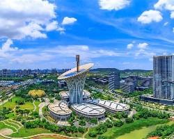 武汉光谷金融港和光谷政务中心哪个未来的发展会更好?