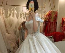 【得意试妆之旅】这是我人生第一次穿上婚纱,糟糕,是心动呀!
