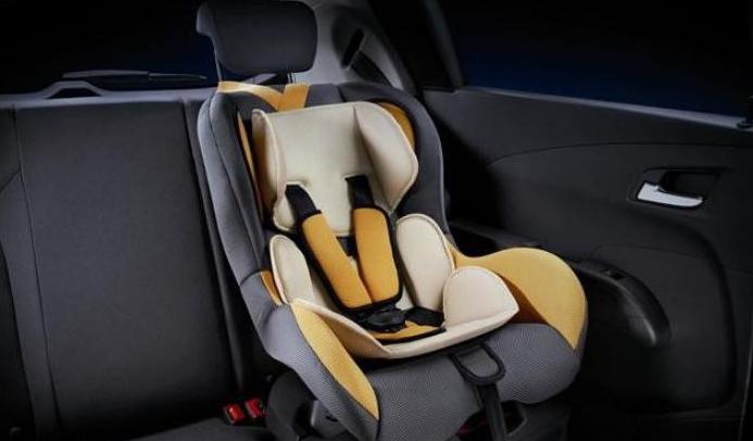 求推荐半岁宝宝的安全座椅,如果去实体店购买,哪个商场的选择多些?