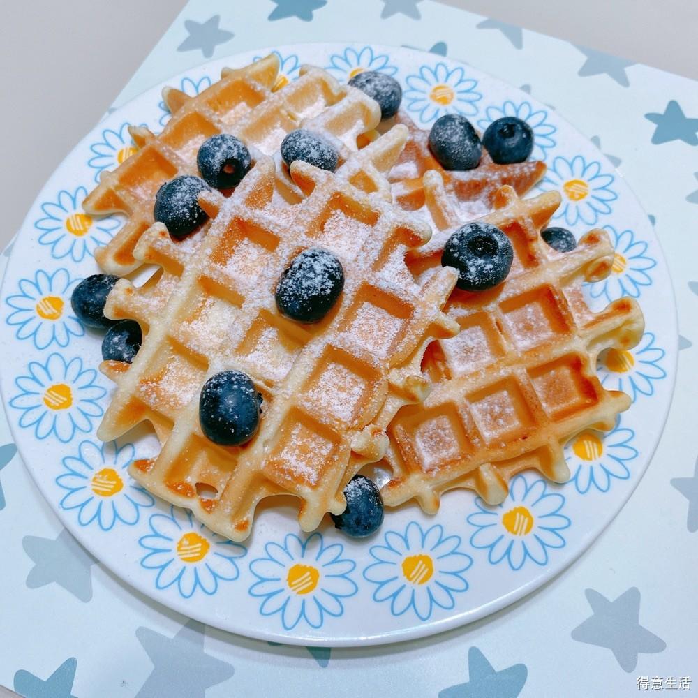 二年级小学生的成长早餐:华夫饼+核桃花生露